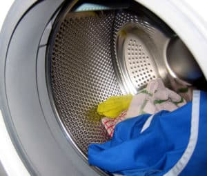 Die Waschmaschine wieder sauber bekommen - mit Natron und Backpulver ganz einfach